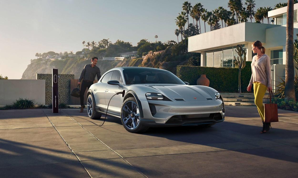 .Porsche tuleb välja elektrilise linnamaasturiga