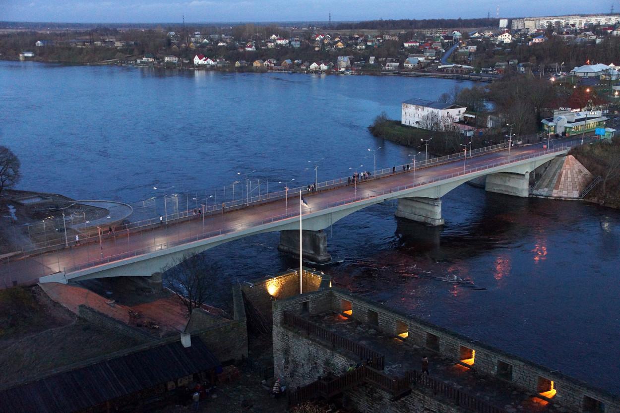 .Narva piiripinkt