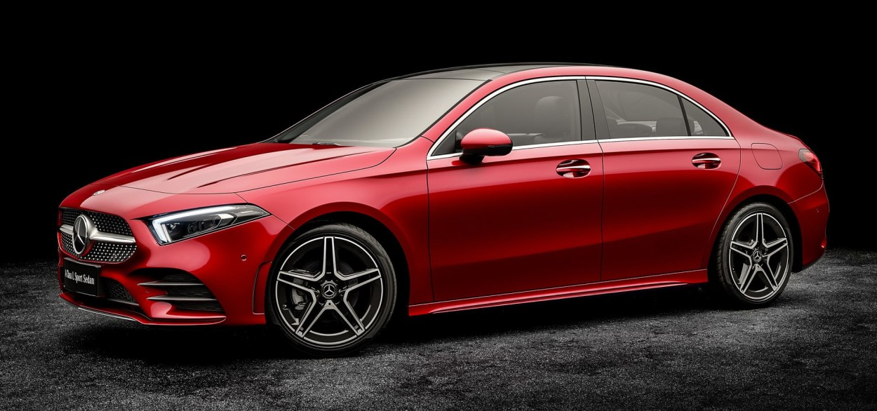 .Mercedes-Benz CLA
