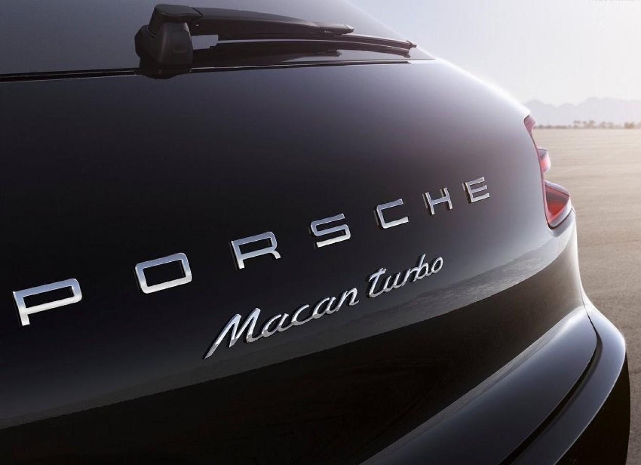 .Porsche Macan Turbo