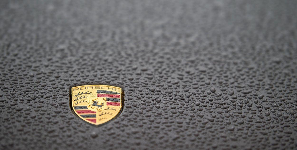 .Porsche Cayenne S