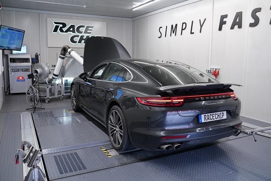Porsche Panamera Turbo by RaceChip