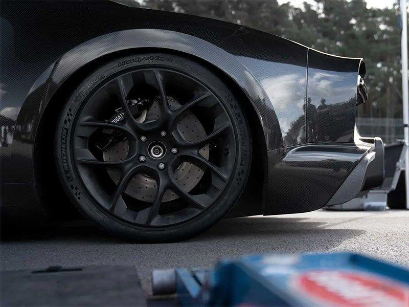.Bugatti Chiron Super Sport 300+