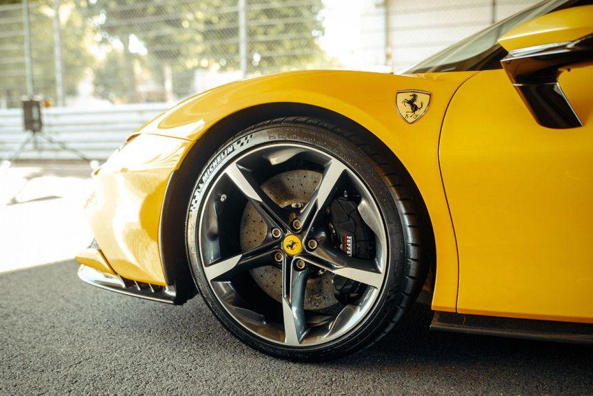 .Ferrari Dino