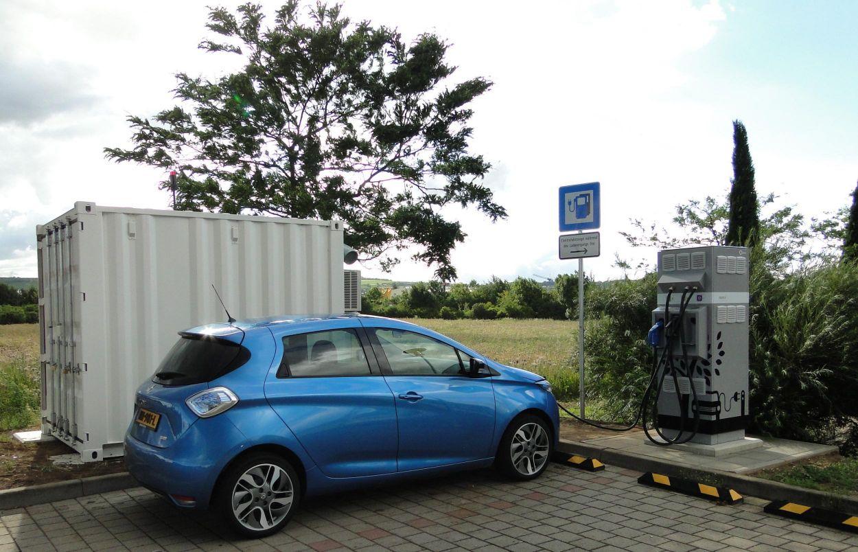 .Renault Zoe, laadimisjaam