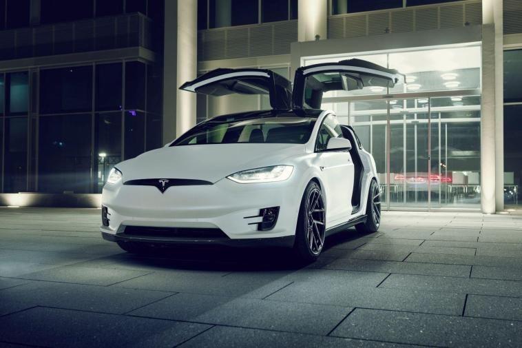 .Tesla Model X