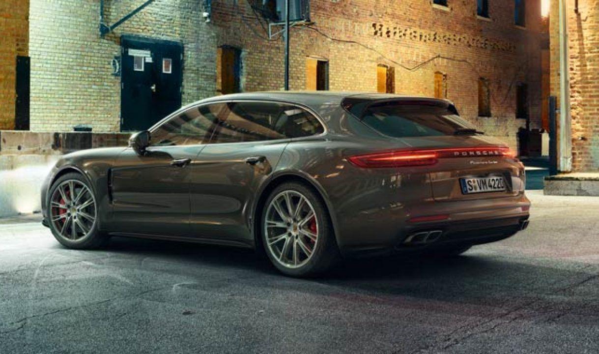 .Porsche Panamera Sport Turismo