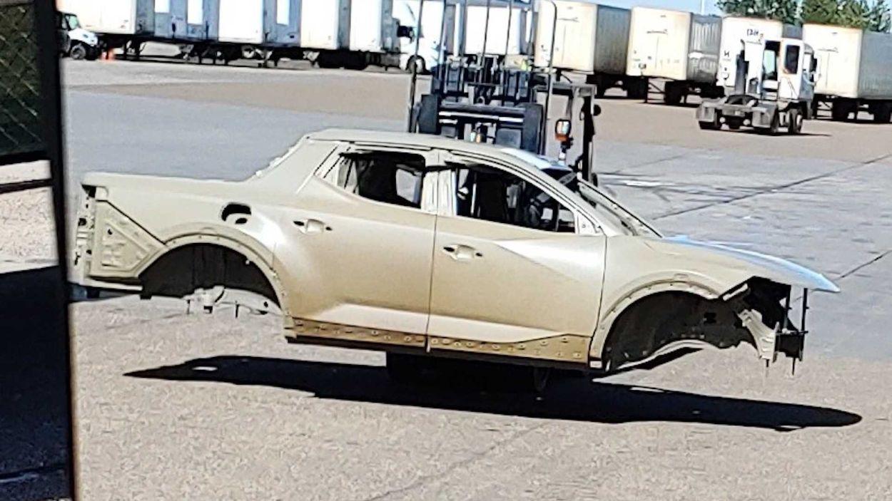 .Hyundai NX4 OB