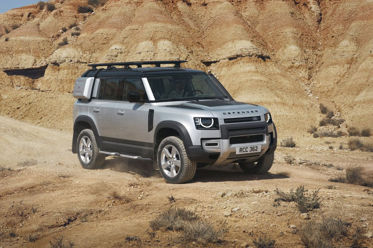 .Land Rover Defender