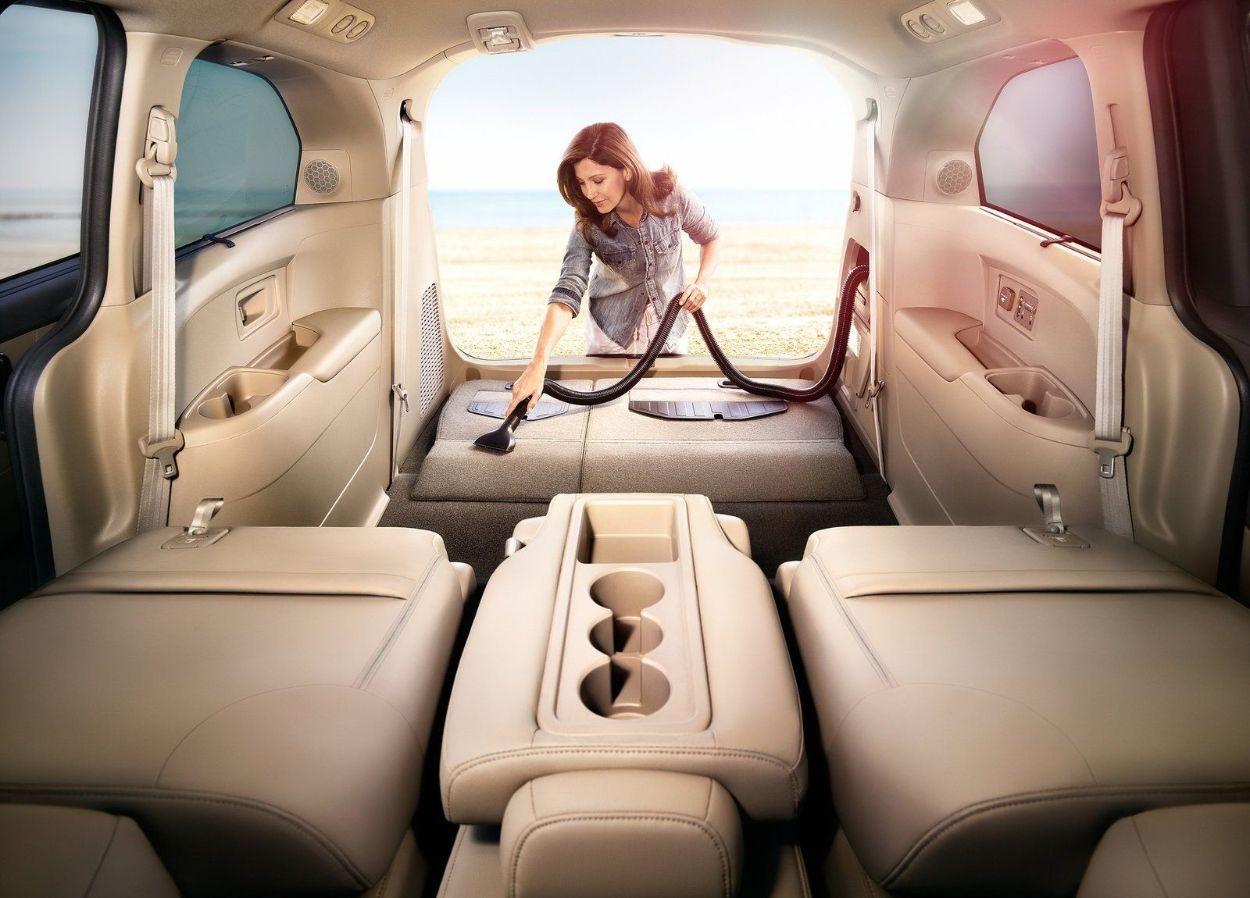 .Honda Odyssey